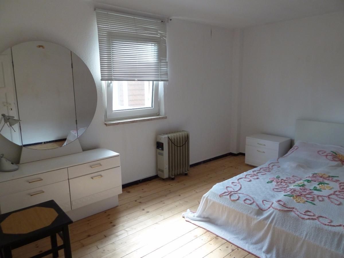 größeres Schlafzimmer Ursprungshaus
