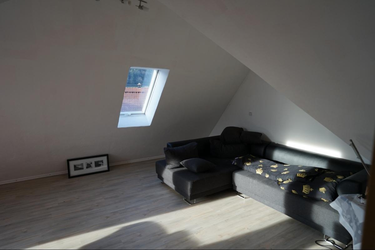 Schlaf-/Kinderzimmer Dachgeschoss