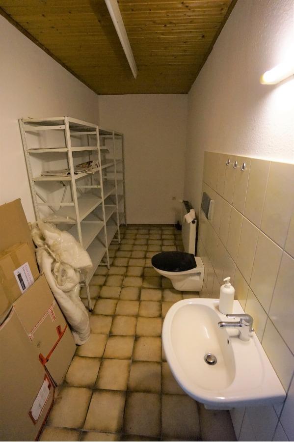 Sanitärbereich Laden